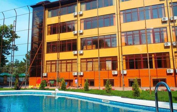 бассейном,Анапа гостиницы