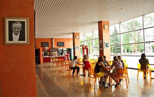 Кинотеатр в Анапе Мир кино